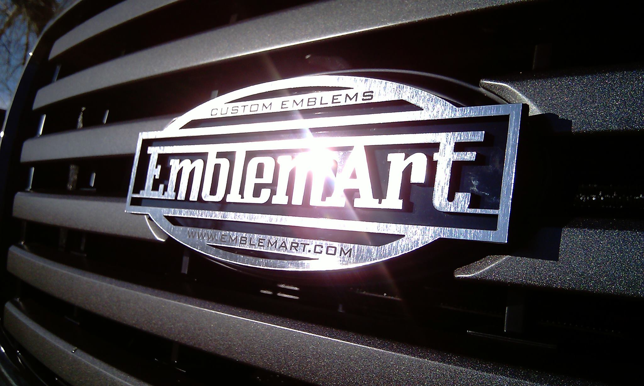 <p>This emblem is made from our Chrome Emblem Material</p>